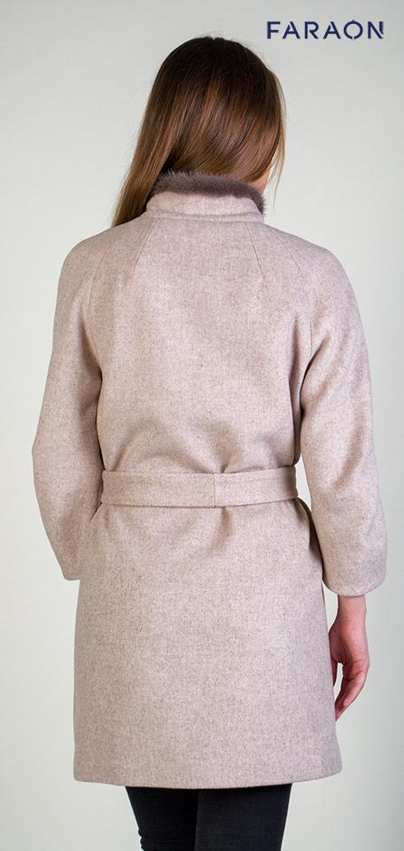 Жіноче шерстяне пальто на осінь з оздобленням хутром норки