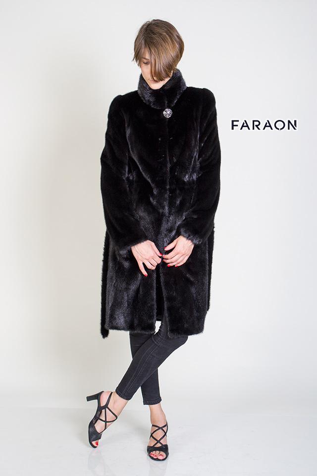 Классическая норковая шуба - пальто черного цвета