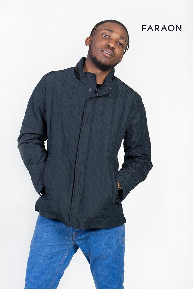 Мужская куртка , простегана , куртка весенняя на молнии , воротник стойка, куртка черного цвета , мужская куртка с карманами , на молнии