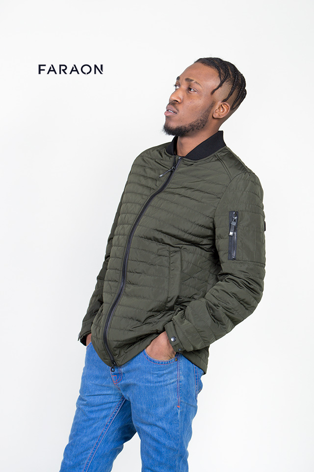 Куртка демисезонная мужская, бомбер, средней длины, цвет хаки, воротник  трикотажный, на молнии