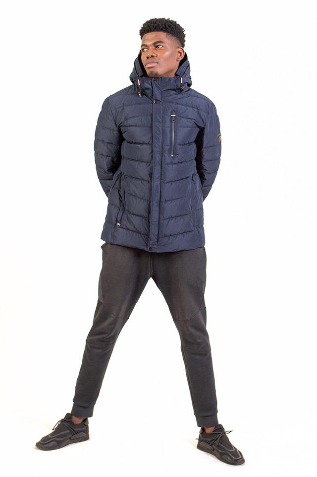 Пуховик мужской молодёжный спортивного плана с капюшоном синего цвета карманы на молнии