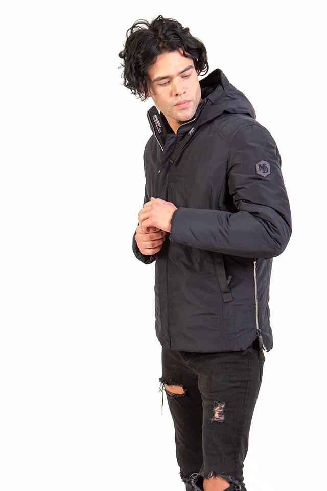 Пуховик мужской с капюшоном легкий и теплый.Зимний укороченый пуховик на тинсулейте темно-синего цвета.