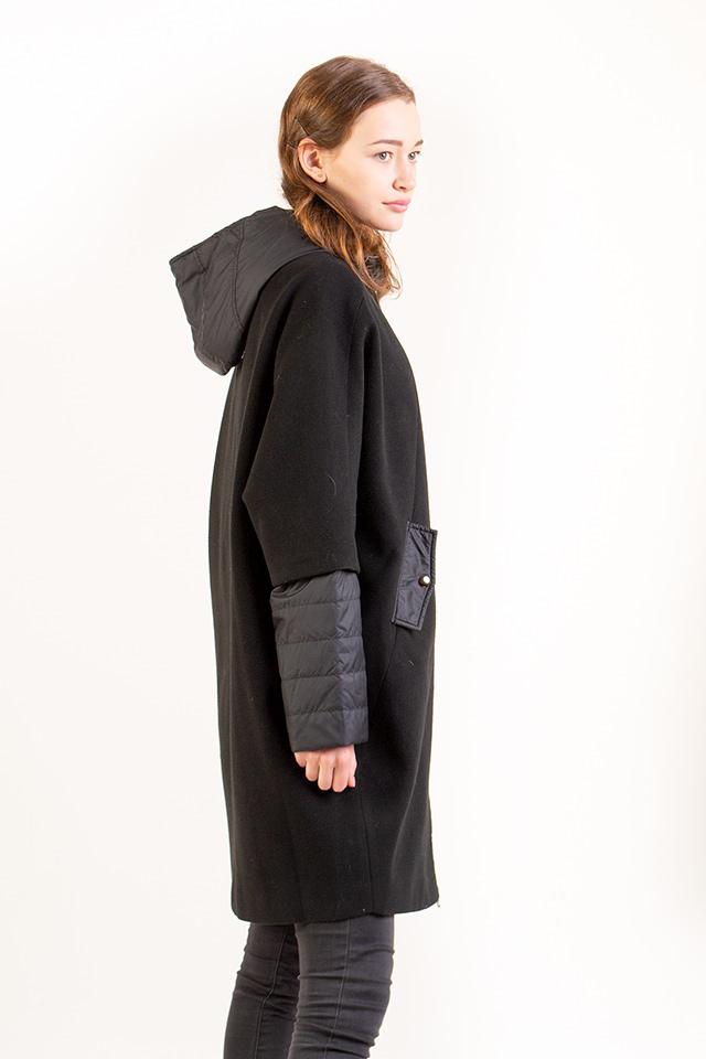 Кашемировое пальто чёрного цвета рукав и капюшон съёмные застраивается на молнию